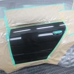 アウディA3 左リアドア、サイドモール 一部交換・塗装 30,000円