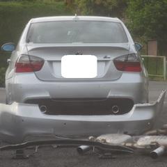 BMW Rバンパー交換 マフラー交換 バックパネル鈑金 作業工賃11万円