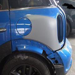 BMW MINI CBA-ZC16A :傷の修理方法と費用 左フェンダー板金塗装 工賃130,000円