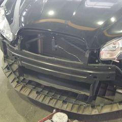 ジャガーのXF(CBA-J05FA) :傷の修理方法と費用 フロントバンパー修理、クオータパネル・フロントフェンダー板金塗装 〔自動車保険利用〕