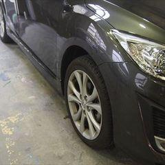 マツダアクセラ DBA-BLEFW フロントバンパー修理費用、右フロントフェンダ板金塗装 総工賃55,000円