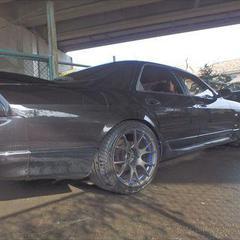 日産スカイライン GTS25 右リアドア他交換、右サイドステップ・リアウインドウガラス脱着修理、他