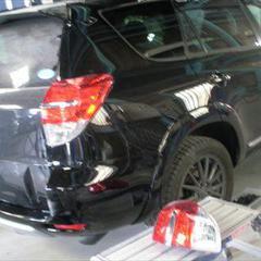 トヨタヴァンガード 5DWGACA33 リアバンパー、右クォーター・パネル他交換、右リアドアパネル他脱着修理費用、塗装 総工賃149,330円/リアバンパー他各種部品交換 部品代計184,530円