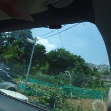 トヨタのハイエースバン:フロントガラス交換、ガラスモール交換、フイルムアンテナ交換など 部品代45,940円/技術料32,660円