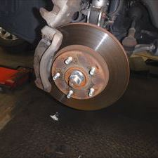 日産のエクストレイル(CBA-NT30):24カ月点検、車検代行、フロントブレーキパッド交換、リアブレーキパッド交換、サイドブレーキ調整など