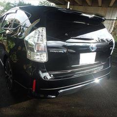 トヨタのプリウスα(DAA-ZVW40W):左リアドア、左ロックピラーの修理費用、塗装 作業工賃100,000円/合計金額(税込)108,000円