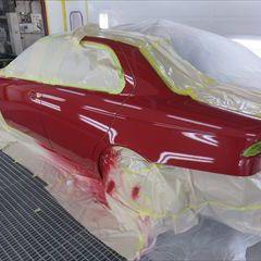 アルファロメオのアルファ156(GH-932AC):フロントドアベルトモール、ガラスモール他の交換/左フロントフェンダ、左リアドア・フロントドアの板金、ガラスパネル、左テールランプ他の脱着修理、塗装 〔自動車保険利用〕