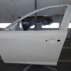 アルファロメオのジュリエッタ(ABA-940141):左フロントフェンダー、左フロントドア、左リアドア他の交換/ドア他の交換作業、左リアフェンダー板金、フロントバンパー他の脱着修理、塗装 〔自動車保険利用〕