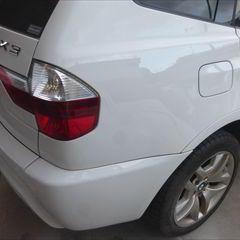 BMWのX3(E83):右クォーターパネル板金塗装 作業工賃70,000円/合計金額(税込)75,600円