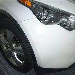 日産のINFINITI:傷の修理方法と費用 フロントバンパー右修理費用、塗装 作業工賃38,000円/合計金額(税込)41,040円