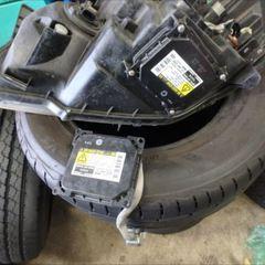 トヨタのノア(DBA-AZR60G):24カ月点検、車検代行、ヘッドライト修理、ヘッドライトバラスト交換など