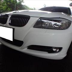 BMWの3シリーズ E90(LBA-PH25):フロントバンパー、リアバンパーの修理費用、右リアドア板金塗装 作業工賃180,000円/合計金額(税込)194,400円