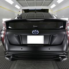 トヨタのプリウス:大人気カラー「マットブラック」へのオールペイント(あわせてエアロキット取り付けなど実施) 作業工賃115万円(税込み) ほか部品代