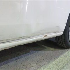 三菱のランサー(CBA-CZ4A):左フェンダー板金、フロントフェンダー修理費用、塗装 作業工賃95,000円/合計金額(税込)102,600円