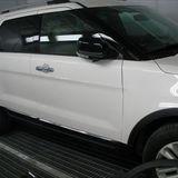 フォードのエクスプローラー:右フロントドアパネル、右フロントドアアウトサイドモール他の交換、フロントバンパー、右ヘッドランプ他の脱着修理、塗装など