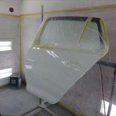 フォルクスワーゲンのゴルフ(DBA-AUCPT):左フェンダー、左リアドア、クォーターパネル板金、フロントバンパー修理、塗装