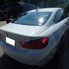 BMWの4シリーズ(DBA-3R30):右クォーターパネル、左クォーターパネル修理費用、塗装 作業工賃150,000円(税別)