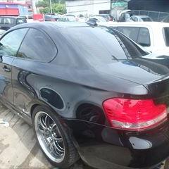 BMWの1シリーズ(ABA-UC35):左クォーターパネル、左ドア板金、左サイドステップ脱着、塗装、他