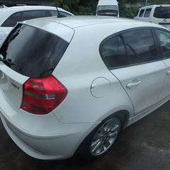 BMWの1シリーズ:右フェンダー、リアバンパー、右テールランプなどの脱着・修理、他 作業工賃217,100円(税別)