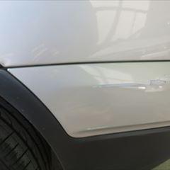 BMWのX3(ABA-PC25):リアバンパー修理、塗装 作業工賃45,000円/合計金額(税込)48,600円