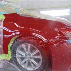 レクサスのCT(DAA-ZWA10):右フェンダー板金、塗装 作業工賃70,000円/合計金額(税込)75,600円