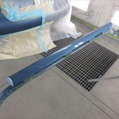 フォルクスワーゲンのゴルフトゥーラン(DBA-1TCTH):左スライドドア、左クォーターパネル、リアバンパー板金塗装 作業工賃200,000円/合計金額(税込)216,000円