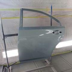 トヨタのSAI(DAA-AZK10):リアドア、サイドステップ他の交換 部品代金74,470円/クォーターパネル板金、リアバンパー脱着修理、塗装など 作業工賃202,100円/合計金額(税込)298,695円