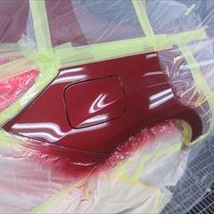 スバルのインプレッサスポーツ(DBA-GP7):左クォーターパネル、リアバンパー、マッドガード修理塗装、右クォーターパネル板金塗装 合計金額(税込み)125,000円