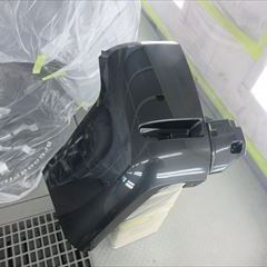 三菱のデリカD5(DBA-CV5W):左クォーターパネル板金、リアバンパー脱着修理、塗装 作業工賃115,000円/合計金額(税込)124,200円
