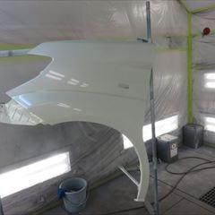 日産のエルグランド(UA-E51):フロントバンパー、左フロントフェンダ他の交換、左フロントドア他脱着修理、塗装