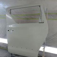 トヨタのヴェルファイア(DBA-ANH20W):左スライドドア、リアバンパーカバー、左クォーターパネル他の交換、塗装など