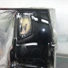 ホンダのN-BOXカスタム(DBA-JF1):リアバンパー脱着修理、リアテール脱着、リアゲート、クォーターインナー板金、リアガラス交換他