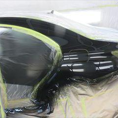 メルセデスベンツのCLAクラス(DBA-117342):リアバンパー脱着・分解・修理、左リアドア、左クォーターパネル板金、塗装