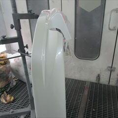 ボルボのV70(LA-SB5244):右テールランプ交換 部品代金16,500円/右クォーターパネル板金塗装、リアバンパー修理塗装 作業工賃150,000円/合計金額(税込)179,820円