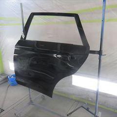 スバルのアウトバック(DBA-BS9):左リアドア、左リアドアガーニッシュ、左クォーターパネル他の交換、インナー板金、シート脱着、塗装など