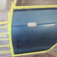 フォルクスワーゲンのゴルフ(DBA-AUCJZ):右クォーターパネルの板金塗装、リアバンパーの修理 作業工賃100,000円/合計金額(税込み)108,000円