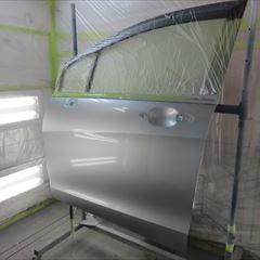 ホンダのフリードスパイク(DBA-GB3):左スライドドア、左クォーターパネル他の交換、左ロッカーパネル、リアバンパー脱着、板金、塗装など
