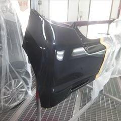 スズキのワゴンRスティングレー(DBA-MH23S):左テールランプ交換、左フロントフェンダ、左フロントドア、リアバンパー修理、塗装 部品代金・作業工賃145,000円(税込)