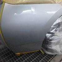 トヨタのプリウス(DAA-ZVW30):右リアバンパー修理、塗装 作業工賃20,000円/合計金額(税込)21,600円