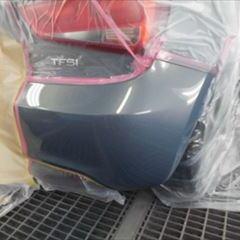 アウディのA1(DBA-8XCAX):リアバンパー修理、塗装 作業工賃35,000円/合計金額(税込)37,800円