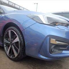 スバルのインプレッサスポーツ(DBA-GT7):フロントバンパー修理、塗装 作業工賃30,000円/合計金額(税込)32,400円