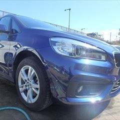 BMWの2シリーズ(DBA-2D15):フロントバンパー修理、塗装 作業工賃50,000円/合計金額(税込)54,000円