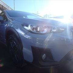 スバルのインプレッサXV(DBA-GT3):右フロントドア板金、塗装 作業工賃100,000円(税別)