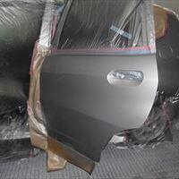 ホンダのフィット(DBA-GE6):左リアまわり板金塗装 作業工賃200,000円/合計金額(税込)216,000円