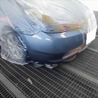 トヨタのプリウス(DAA-NHW20):フロントバンパー修理、塗装 作業工賃35,000円/合計金額(税込)37,800円