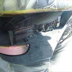 トヨタのハリアー(CBA-ACU30W):フロントバンパー修理、塗装 作業工賃30,000円/合計金額(税込)32,400円