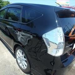 トヨタのプリウスα(DAA-ZVW40W):左リアドア、左クォーターパネル板金、塗装 作業工賃120,000円/合計金額(税込)129,600円