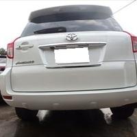 トヨタのヴァンガード(DBA-ACA33W):リアバンパー修理、塗装 作業工賃60,000円/合計金額(税込)64,800円