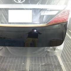 トヨタのアルファード(DBA-ANH20W):リアバンパー他の交換 部品代金68,120円/リアゲート、バックパネル板金、塗装 作業工賃100,000円/合計金額(税込)181,570円