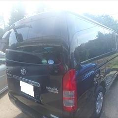 トヨタのハイエースバン(QDF-KDH201V):右スライドドア、右クォーターパネル他交換、右クォーターホイールハウスアウタパネル、リアバンパーカバー他脱着、修理、塗装など